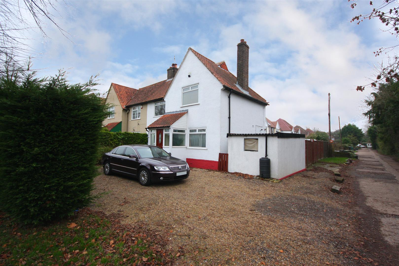 3 Bedrooms Semi Detached House for sale in Beechwood Villas, Salfords